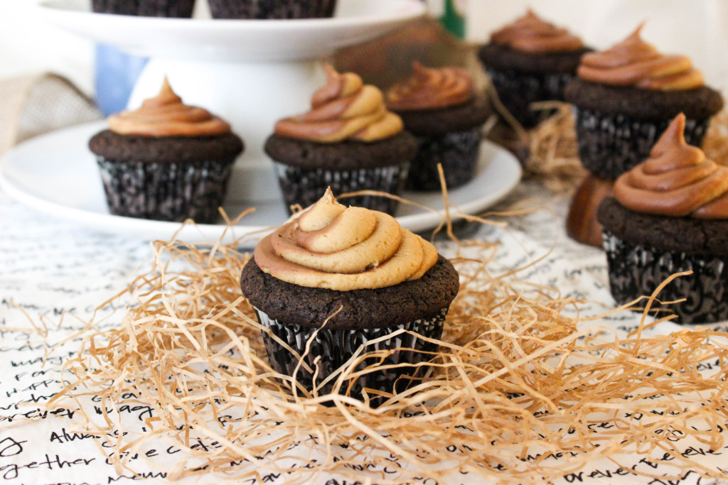 Vegan Chocolate Cupcakes with PB Swirl Frosting