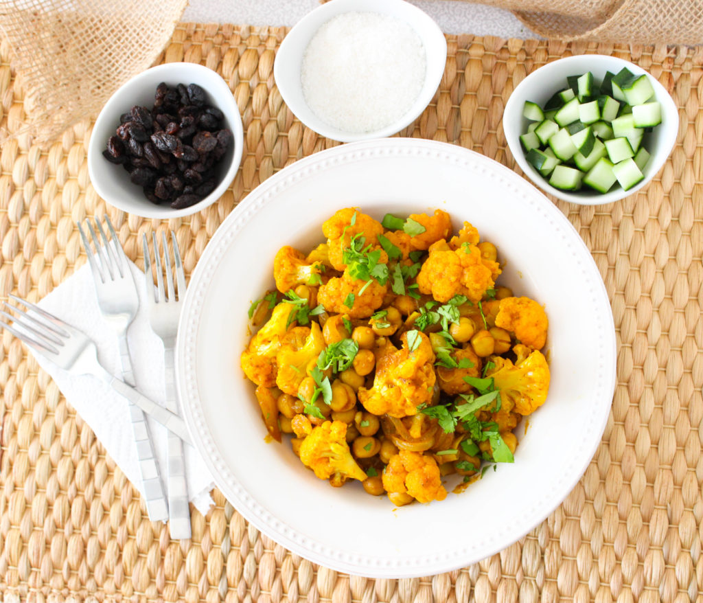 Easy chickpea and cauliflower curry