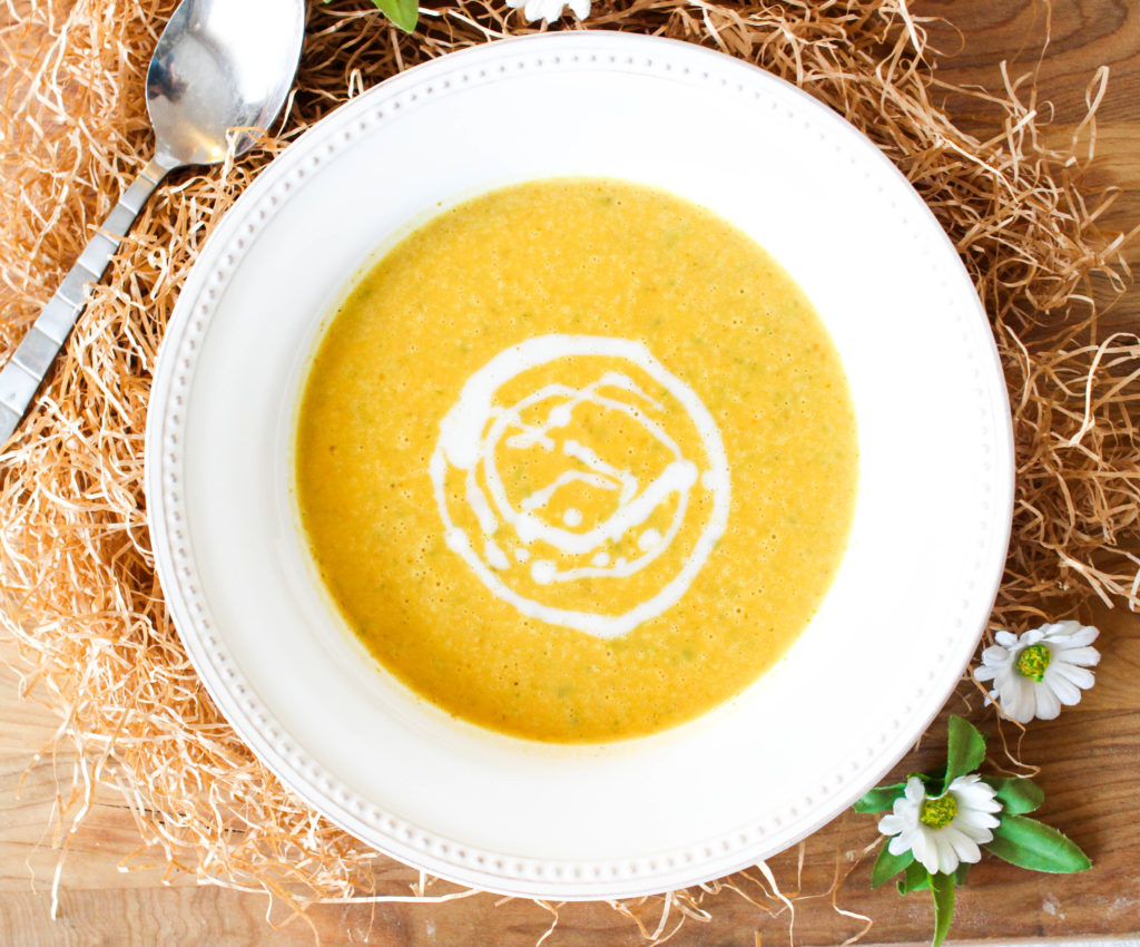 20 Minute Creamy Pumpkin Sage Soup
