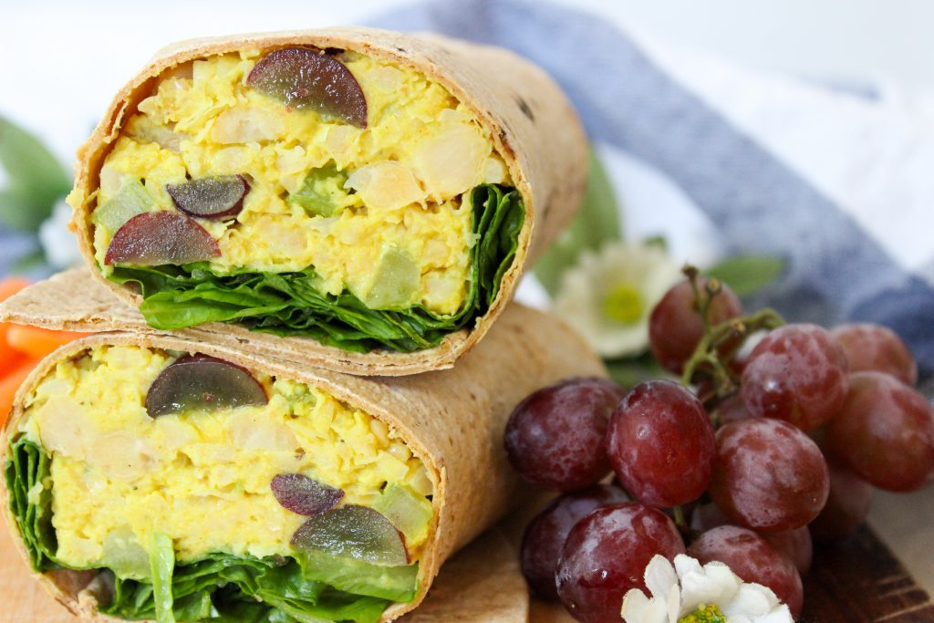 Curry Chickpea Salad with Grapes